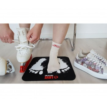 LOVE YOUR FEET MAT